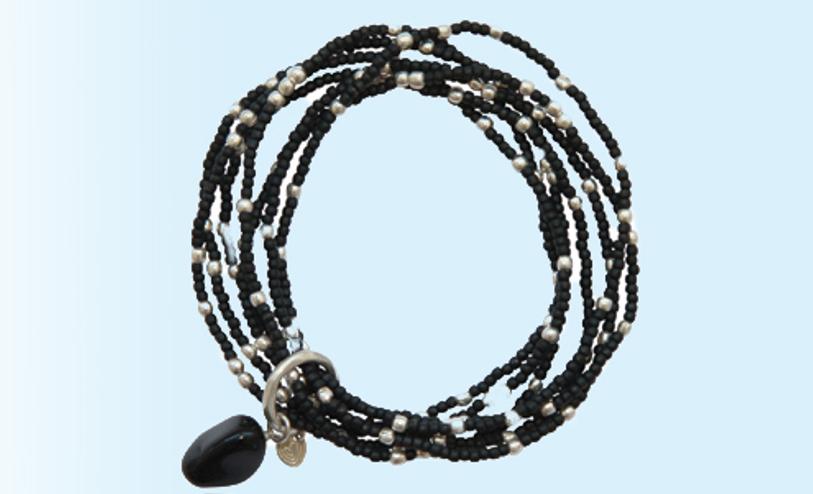 362631-mosami-nirmala-i-am-strong-black-onyx-silver-bracelet